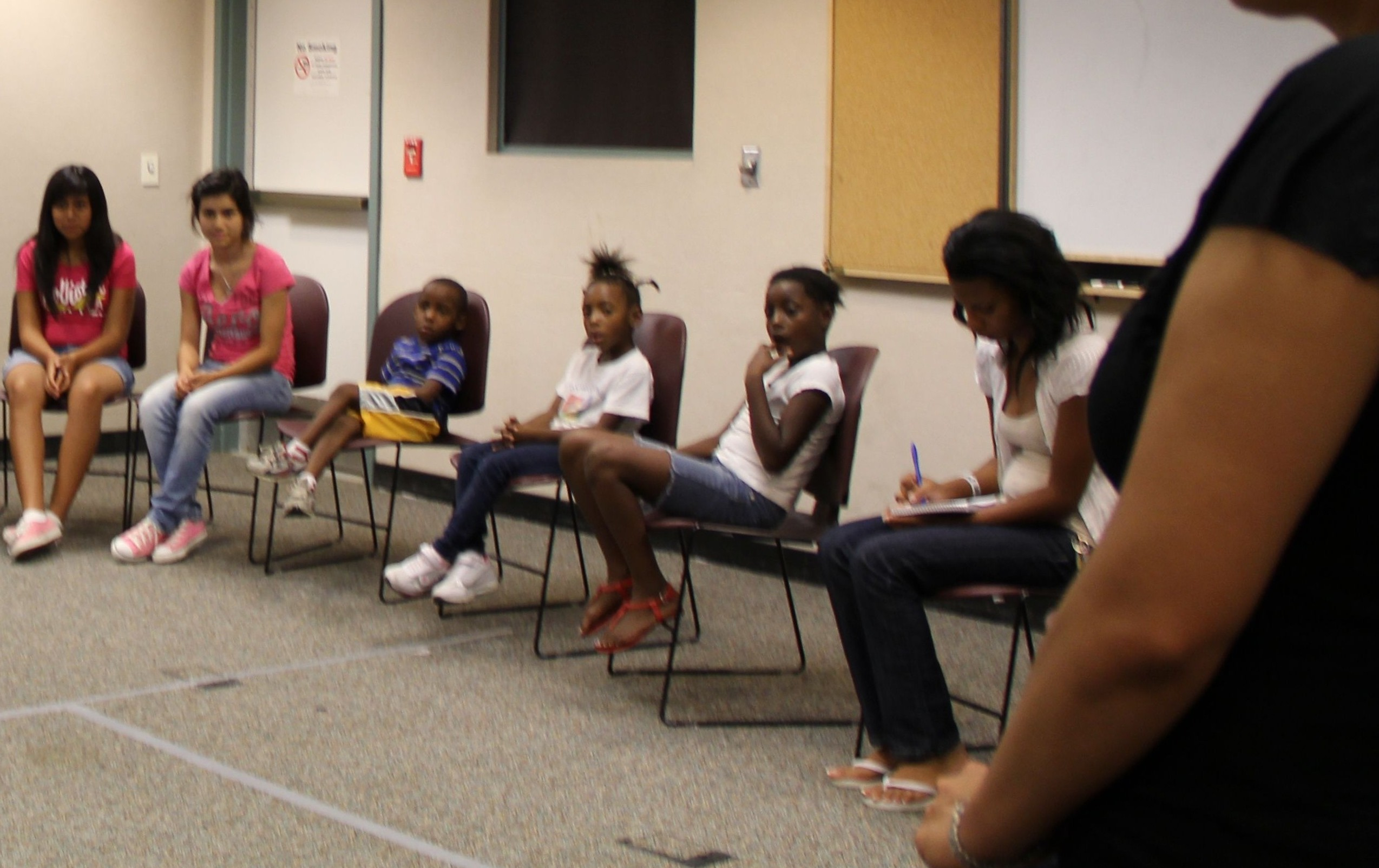 SAL youth discuss the 'Wes Moore' book./ by BERENICE SANCHEZ